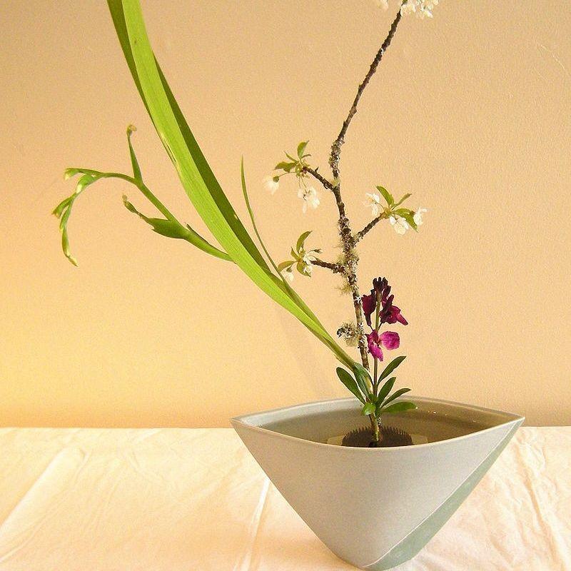GoLocalPDX | Ikebana: Japanese Flower Arranging In 10 Steps