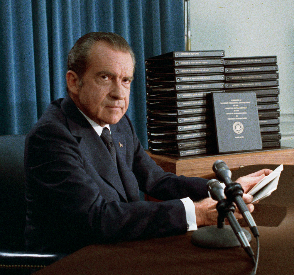 Nixon Marble Face: EDITORIAL: The Sad Nixonian Departure Of John